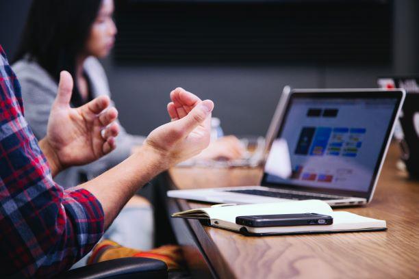 Un 77% de empresas realizan formación a empleados